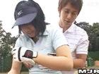 月野帯人 ゴルフの合宿レッスン受講者のお姉さん達がイケメン男性コーチに密着されたりエッチなことされちゃう JavyNow 女の子のための無料H動画