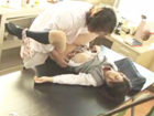 学校の理科室で薬品を嗅がされた女子高生が意識を失ったまま男性教諭に嵌められ中出しされちゃう睡眠レイプ XVIDEOS 女の子のための無料H動画